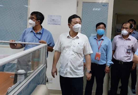 Sớm triển khai tiêm vaccine cho các doanh nghiệp hoạt động '3 tại chỗ' ảnh 4