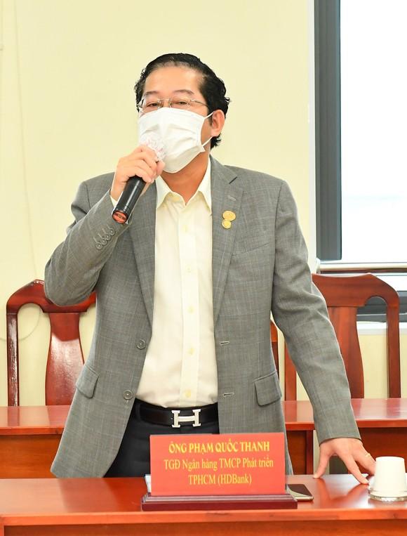TPHCM tiếp nhận 100 máy thở cao cấp trị giá 30 tỷ đồng ảnh 2