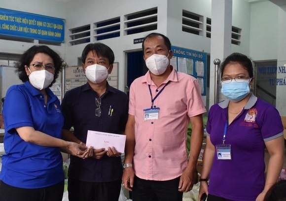 Tập trung tiêm vaccine cho người dân, mở rộng vùng xanh  ảnh 1