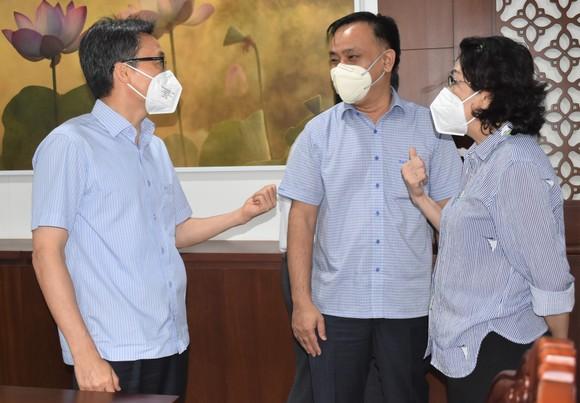 Phó Thủ tướng Vũ Đức Đam: Quận Phú Nhuận cần đổi mới cách xét nghiệm  ảnh 1