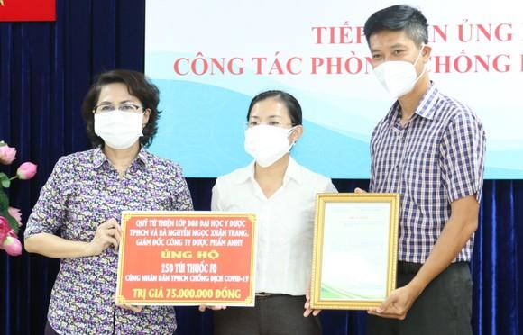 TPHCM tiếp nhận thuốc, vật tư y tế phòng, chống dịch Covid-19 ảnh 1