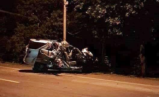 Vụ tai nạn khiến 3 người phụ nữ đi trên ô tô 7 chỗ tử vong. Ảnh: MXH