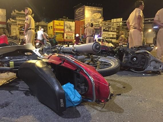 Bắt tạm giam nữ tài xế xe BMW gây tai nạn liên hoàn tại ngã tư Hàng Xanh ảnh 2