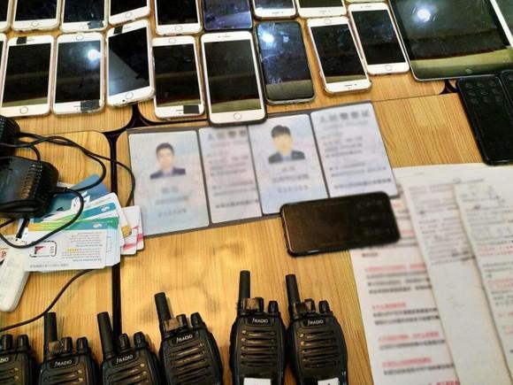 Phát hiện nhóm người Trung Quốc sử dụng công nghệ cao để lừa đảo chiếm đoạt tài sản ảnh 1
