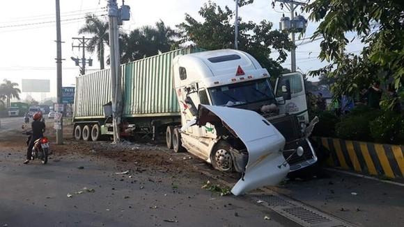 Thêm 2 người tử vong trong vụ tai nạn giữa xe container và xe ô tô ở Tây Ninh ảnh 1