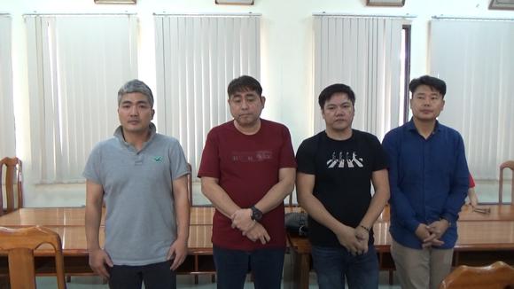 Triệt phá sòng bạc Poker 'khủng' do nhóm người Hàn Quốc điều hành ở TPHCM ảnh 1