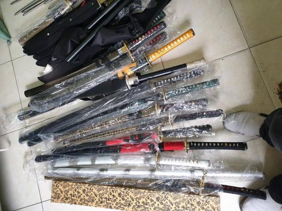 Bắt nhiều đối tượng mua bán, tàng trữ ma túy và vũ khí ảnh 4
