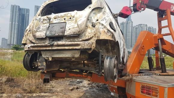 Đã bắt giữ nghi can người Hàn Quốc giết người, cướp tài sản đốt xe phi tang ở TPHCM ảnh 1