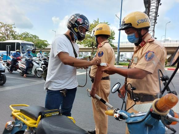 Tổng kiểm soát phương tiện làm kéo giảm tai nạn giao thông tại TPHCM ảnh 2