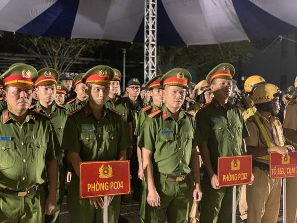 Công an TPHCM tổ chức ra quân tấn công trấn áp tội phạm ảnh 3