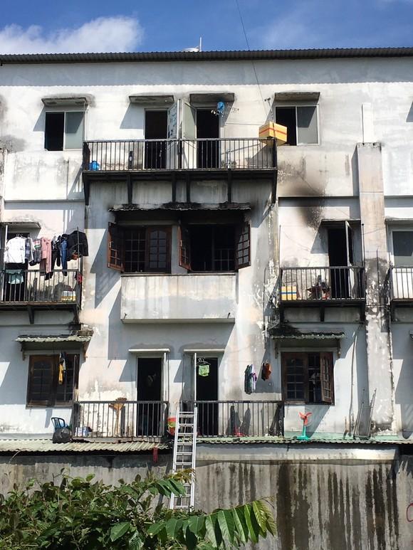 Cháy khu nhà trọ sinh viên ở quận 9 ảnh 1