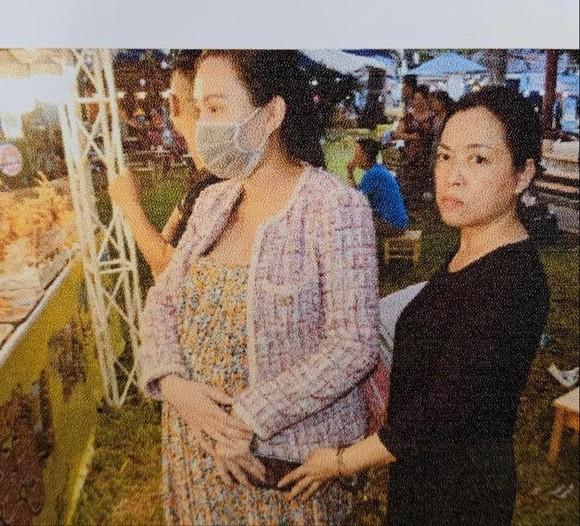Khởi tố 'nữ quái' chuyên móc túi ở hội chợ Công viên Lê Văn Tám ảnh 1