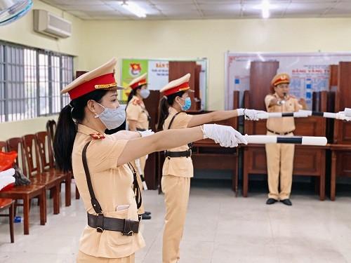 Chuẩn bị ra mắt đội hình nữ CSGT dẫn đoàn Công an TPHCM  ảnh 2