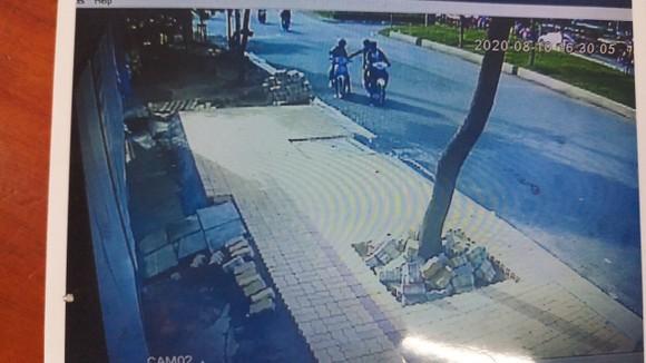 Bắt các đối tượng trong băng cướp nhí ở quận Bình Tân  ảnh 2