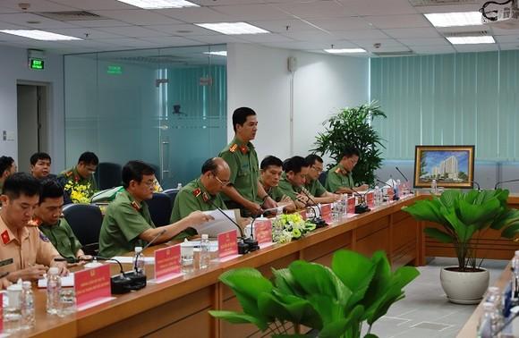 257 trường hợp vận chuyển trái phép vũ khí quân dụng, công cụ hỗ trợ qua Cảng hàng không quốc tế Tân Sơn Nhất ảnh 1