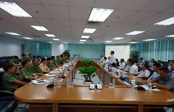 257 trường hợp vận chuyển trái phép vũ khí quân dụng, công cụ hỗ trợ qua Cảng hàng không quốc tế Tân Sơn Nhất ảnh 2