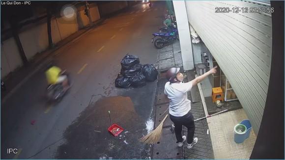 Xử lý thanh niên đánh vợ, doạ chém người ở quận Thủ Đức ảnh 2