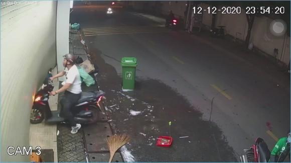 Xử lý thanh niên đánh vợ, doạ chém người ở quận Thủ Đức ảnh 3