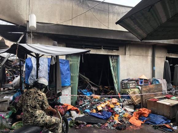 Điều tra vụ cháy 3 ki ốt trong chợ Bình Triệu, TP Thủ Đức ảnh 2