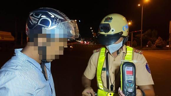 Tuần tra, kiểm soát xử lý với người điều khiển xe có chất ma túy, nồng độ cồn ở TPHCM ảnh 1