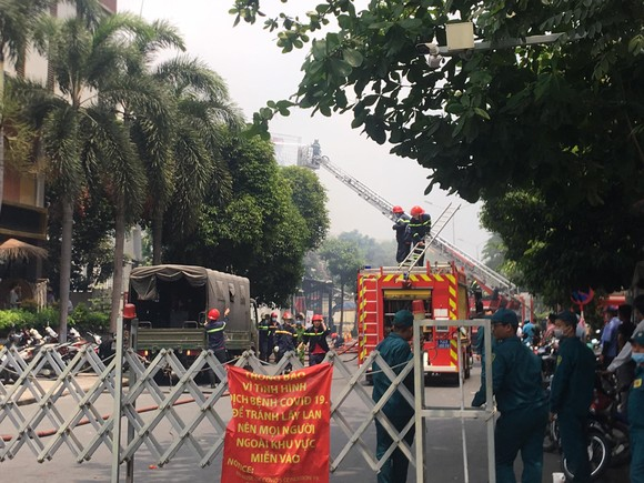 Cháy lớn tại nhà hàng BBQ Plan-K phường Thảo Điền ảnh 4