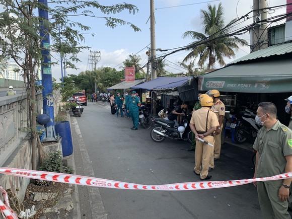 Công an TPHCM chỉ đạo điều tra làm rõ nguyên nhân vụ cháy khiến 6 người tử vong ảnh 5
