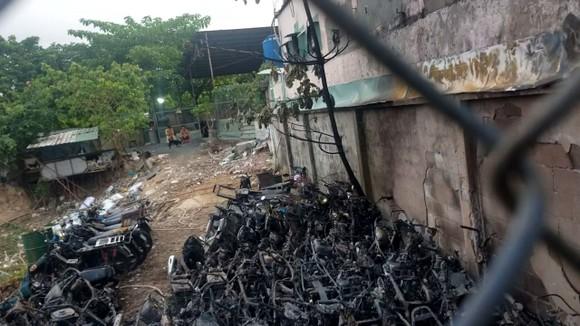 Vụ cháy bãi xe của CSGT TP Thủ Đức: Ai là người chịu trách nhiệm nếu có yêu cầu bồi thường? ảnh 2