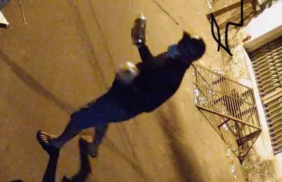"""Một nhà dân liên tục bị """"khủng bố"""" bằng sơn ở quận Bình Tân ảnh 4"""