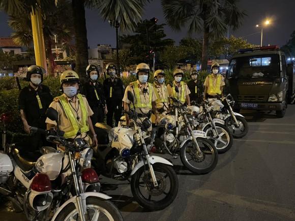 Công an TPHCM triển khai cao điểm bảo đảm trật tự, an toàn giao thông dịp lễ ảnh 3