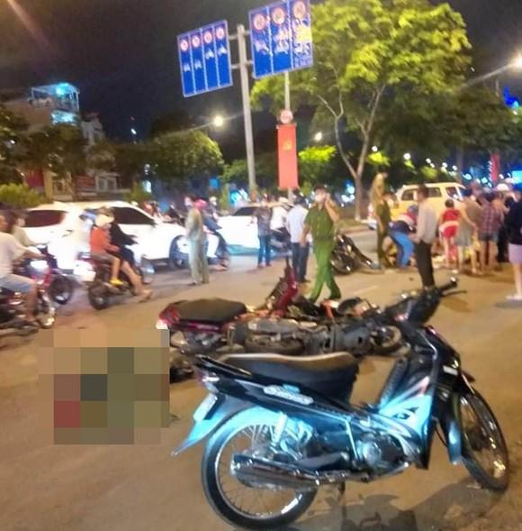 Nghi án kẻ cướp chạy ngược chiều gây tai nạn khiến 4 người thương vong ảnh 1