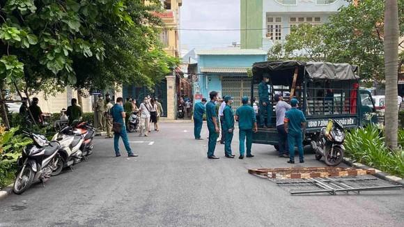 Phong tỏa block C của chung cư Bộ Công an, phường An Khánh, TP Thủ Đức