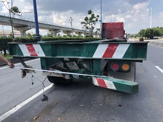 Khởi tố vụ án liên quan 2 xe đầu kéo va chạm ở TP Thủ Đức ảnh 2