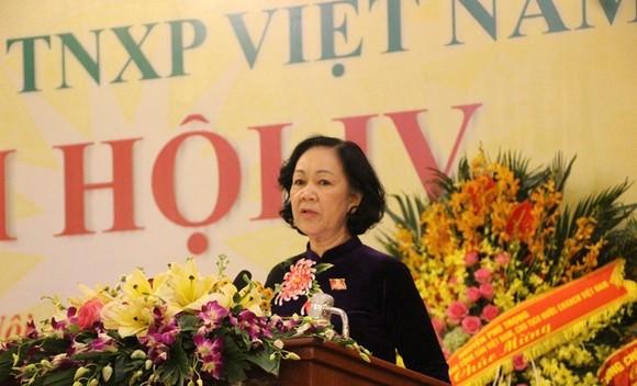 Bà Trương Thị Mai phát biểu tại đại hội