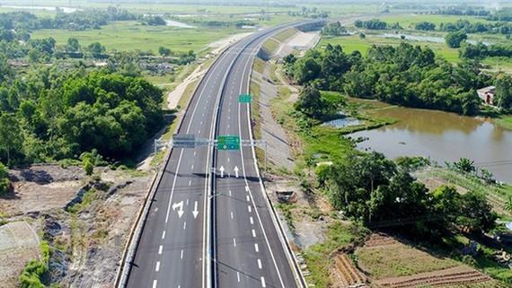 2 dự án cao tốc Bắc - Nam đóng thầu lần 2 vẫn không đủ nhà đầu tư dự thầu  ảnh 1