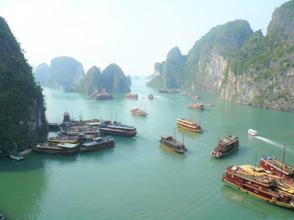 Vay hơn 11,8 tỷ Yên xử lý nước thải chảy xuống Vịnh Hạ Long