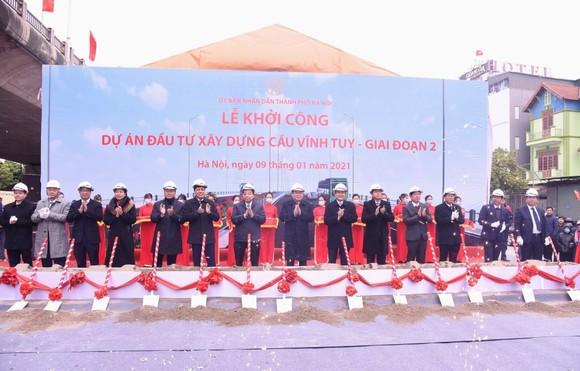 Thủ tướng Nguyễn Xuân Phúc cắt băng khánh thành nút giao Vành đai 3 với cao tốc Hà Nội – Hải Phòng ảnh 2