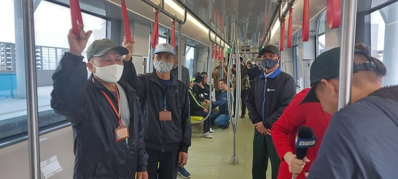 Đường sắt đô thị Nhổn - ga Hà Nội mở cửa cho người dân tham quan  ảnh 2