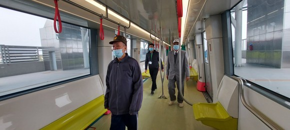 Đường sắt đô thị Nhổn - ga Hà Nội mở cửa cho người dân tham quan  ảnh 3