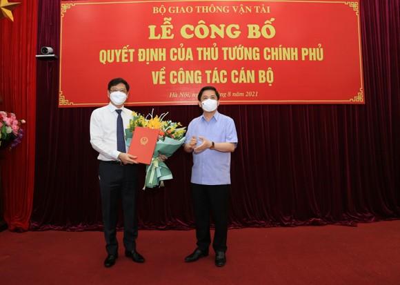 Công bố quyết định bổ nhiệm ông Nguyễn Xuân Sang làm Thứ trưởng Bộ GTVT ảnh 1