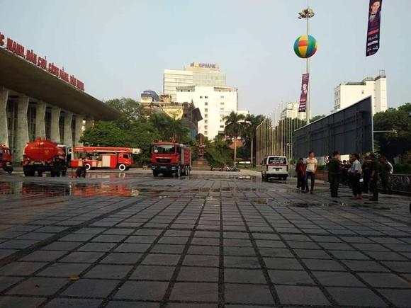 Cháy tại hội trường Cung văn hóa hữu nghị Việt Xô ảnh 2