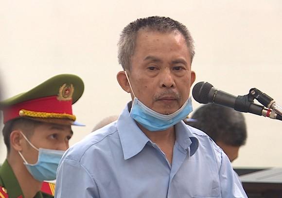 Lê Đình Công muốn được tuyên án ở hành vi 'Chống người thi hành công vụ' ảnh 1