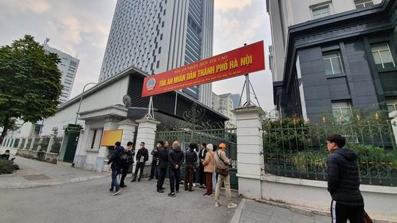 Đang xét xử kín vụ ông Nguyễn Đức Chung chiếm đoạt tài liệu mật ảnh 1