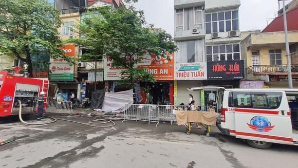 Cháy cửa hàng đồ dùng mẹ và bé, 4 người thiệt mạng ảnh 2