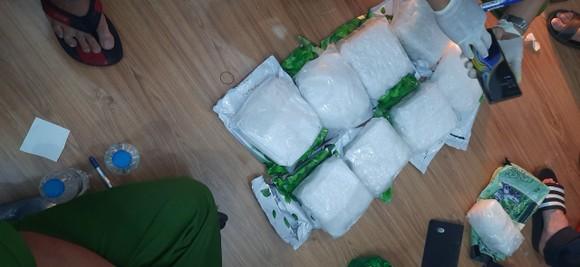 Bộ Công an bóc gỡ thành công đường dây ma túy lớn từ Campuchia về TPHCM tiêu thụ ảnh 1