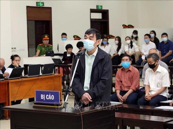 Luật sư đề nghị thay đổi tội danh cho ông Mai Văn Tinh ảnh 1