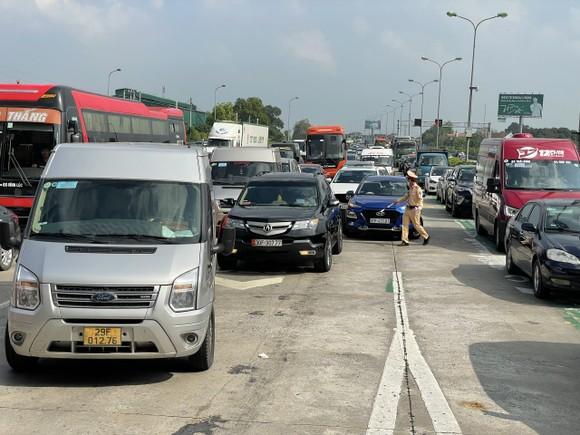 4 ngày nghỉ lễ xảy ra hơn 110 vụ tai nạn giao thông làm 58 người chết ảnh 1