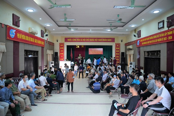 Hà Nội đã cấp căn cước công dân cho gần 150.000 người tạm trú ảnh 1
