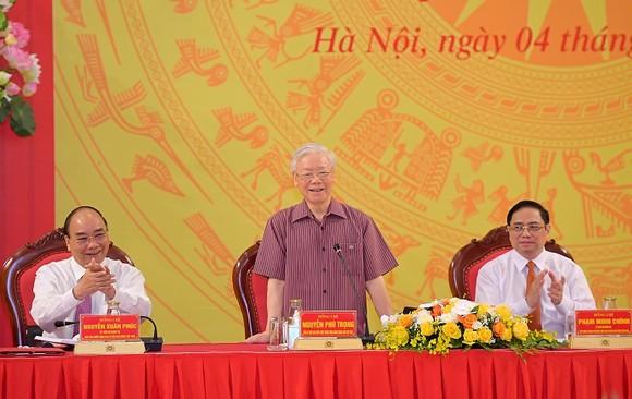 Tổng Bí thư Nguyễn Phú Trọng: Chú ý xây dựng con người, 'quân phải tinh, tướng phải mạnh' ảnh 1