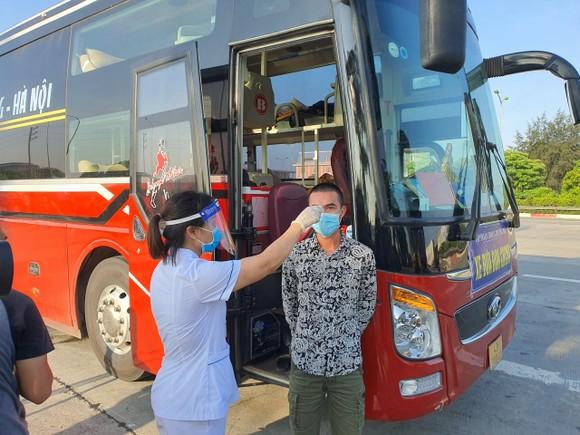 22 chốt kiểm soát dịch ở Hà Nội bắt đầu hoạt động, không xảy ra ùn ứ  ảnh 2