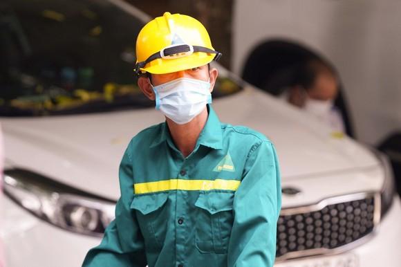 500 công nhân, tiểu thương phải xét nghiệm sàng lọc Covid-19 ảnh 7